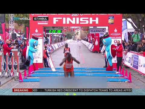 Tens of thousands take part in Istanbul Marathon