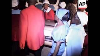 Video Vox Africa Body of Susan Tsvangirai brought home download MP3, 3GP, MP4, WEBM, AVI, FLV Oktober 2018