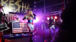 Kesha - Backstabber live in Sydney, Australia