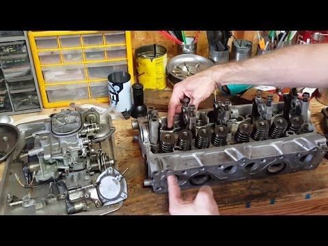 Honda CVCC Carburetion and Cylinder Head Design Explained