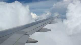 飛機遇氣流!