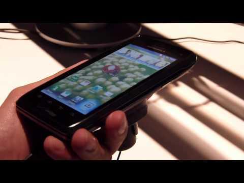 Motorola DROID 4 hands-on