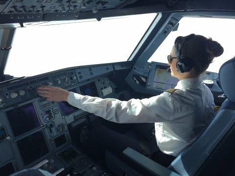 Im Cockpit eines Lufthansa Airbus A320 (360°-Video)