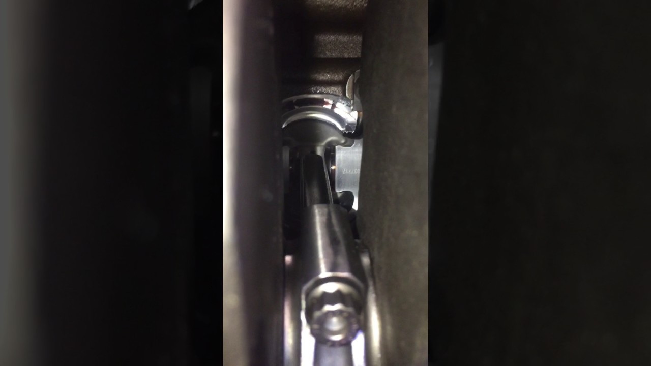 JE Pistons 83mm 1 8t stroker and oil squirters
