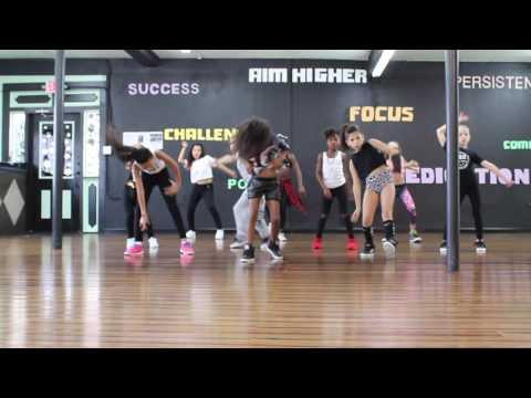 "DLS Crew ""Kelis - Milkshake (Dawin Remix)"" Choreographer ""Tatiana Verega"""