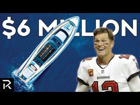 Looking At Tom Brady's Newest $6 Million Dollar Yacht