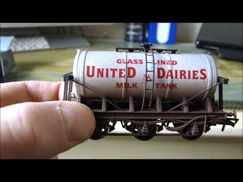 Dapol 4F-031-020 6 Wheel Milk Tanker United Dairies