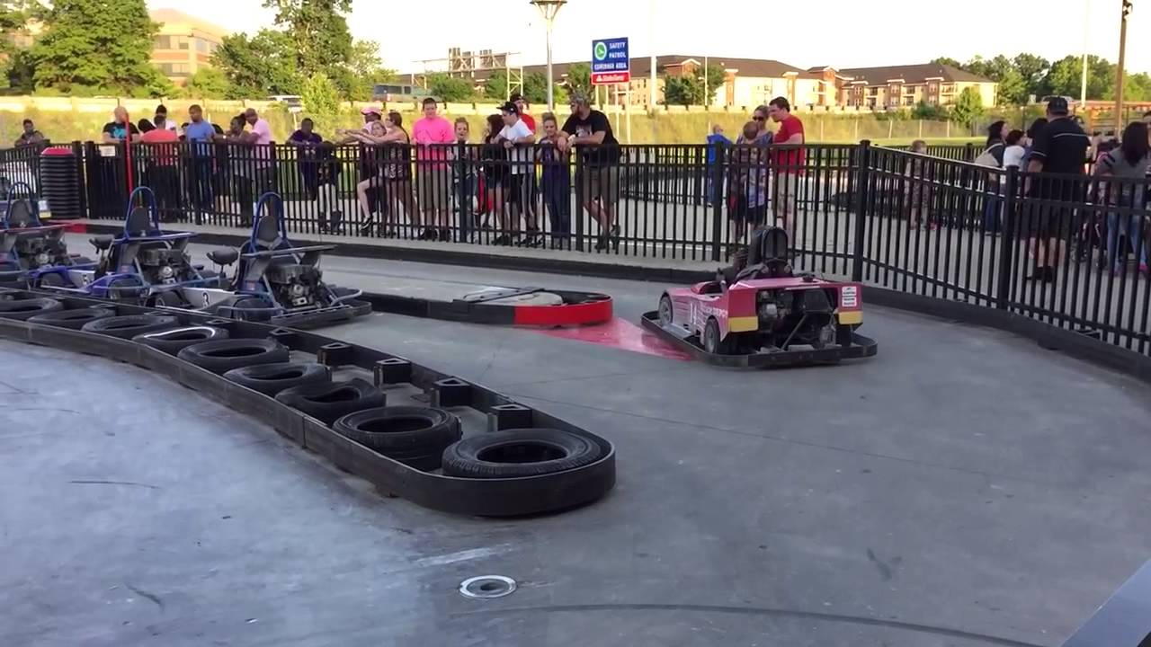 Go Karts Columbus >> Magic Mountain Polaris Columbus Ohio Go Karts Youtube