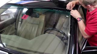 Replacing Windshield Perimeter Trim Moulding Gasket on a BMW