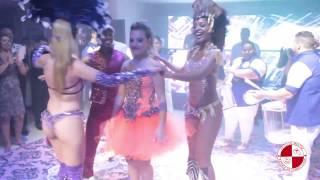 Atração surpresa para festa de debutante com show de escola de samba Apito de Mestre