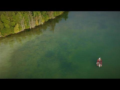 Northern Michigan Smallmouth Bass Fishing (5 Pounds: Episode 3 - Part 1)