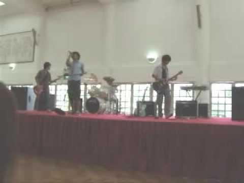 School Band performing Dani California