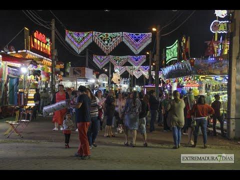 Puestos Y Juegos Tradicionales En La Feria De San Juan Youtube
