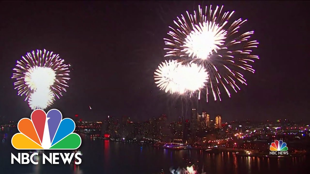 Macy's 4th of July Fireworks return bigger and better than ever ...