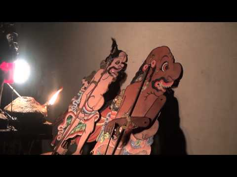 BALI PUPPETS SHADOW THEATER UBUD WAYANG KULIT THEATRE D'OMBRES
