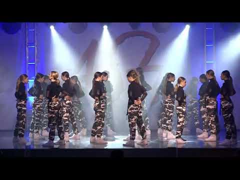 Download Expressenz Dance Center- XNZ