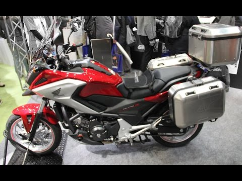 honda nc750x by givi youtube. Black Bedroom Furniture Sets. Home Design Ideas