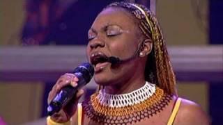 Gambar cover Daughters of Africa