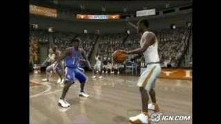 NCAA March Madness 2005 Sports Gameplay - Tutorial