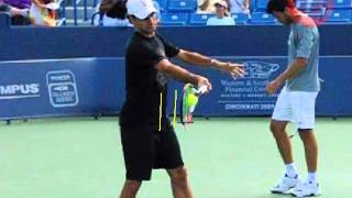 Roger Federer - How Does a Top Player Make Contact with the Tennis Ball?