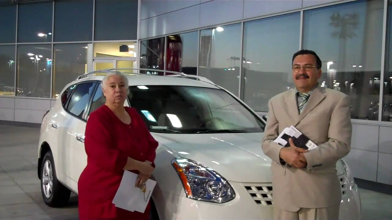 Mr and mrs quirarte s are very happy with thier 2010 nissan from carson nissna in carson ca