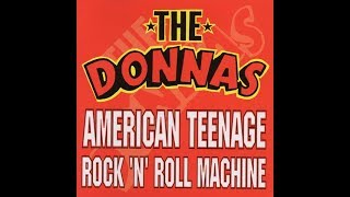 Watch Donnas Rock n Roll Machine video