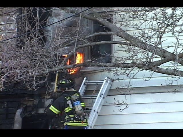 Garfield Nj Fire Depart Fatal 2nd Alarm Fire 437 River Drive 1 Cat Rescued Youtube