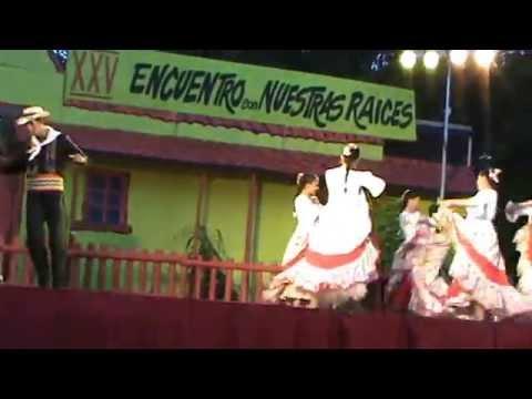 Grupo Folklorico Municipal Mburukuja Poty En QUILLOTA - CHILE