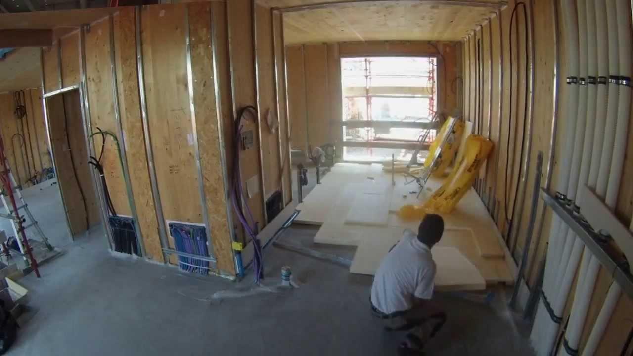 Casa in legno impianti taglia spese in time lapse youtube for Impianto elettrico casa in legno