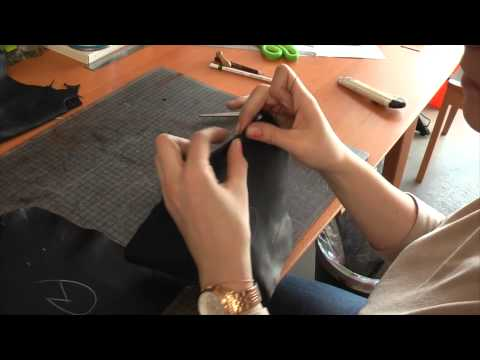 How to make leather gloves by Evelyn Toomistu