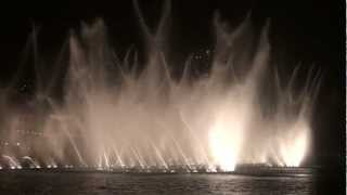 The Dubai Mall Fountain - Lionel Richie All Night Long