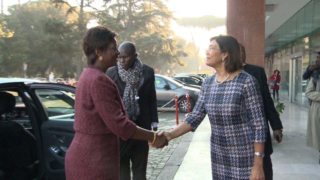 Femeia Burkinabe care cauta Mari caut baiat pentru o noapte in telenești
