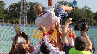 Глухие футболисты - сурдлимпийские чемпионы 2013