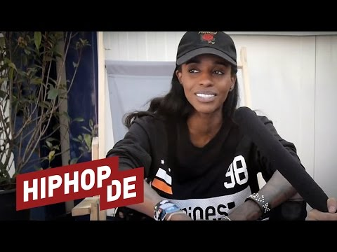 "Angel Haze: Connection zu Fans, ""Black Lives Matter"", neue Projekte uvm. (Interview) – US+A"