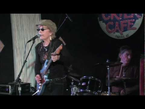 debbie-davies-scratches-live-mark-doerrier