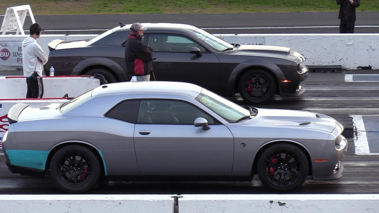Demon Vs Hellcat Drag Race - Hellcat Races Demon 1/4 Mile