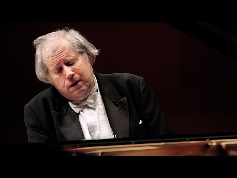 Grigory Sokolov plays Chopin - Piano Concerto No. 1 (1996)