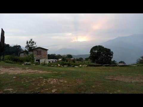 New 2017 Nepali deuda  geet ||बस्या मेरा ईजा बाबा||