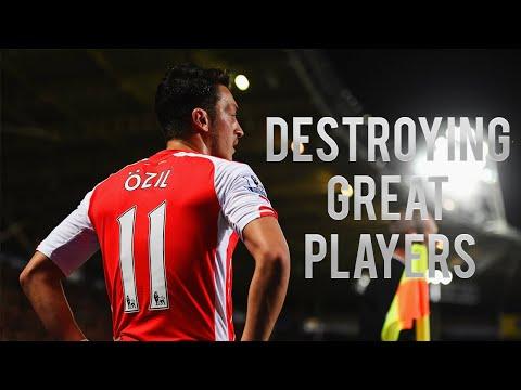 Mesut Özil Destroying Great Players! HD