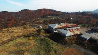 時間合わせにカットしましたが(ちょい長目です)、ノー編集です。クラブハウスの屋根は赤茶色に錆てゴルフコースは雑草に、グリーンは場所が分かる程度、スキー場の ...