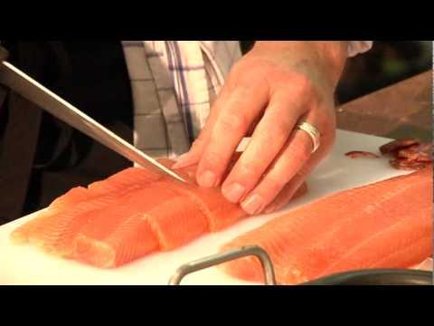 Filet De Truite De Gensac Au Vieux Chorizo Et Velouté D'huîtres
