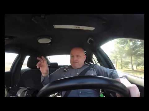 "CAUGHT ON VIDEO | Dover Police officer sings Taylor Swift's ""Shake It off """