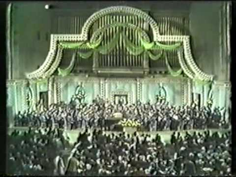 Earl Wild and Arthur Fiedler Play Tchaikovsky Piano Concerto no 1  Part 15  Introduction
