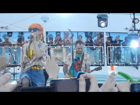 PARAHOY 2016 // Vicious Love // New Found Glory ft Hayley WIlliams