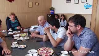 В Каспийск с рабочим визитом прибыл директор департамента по физической культуре, спорту и молодежно