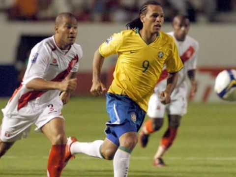 Prazer! Luís Fabiano