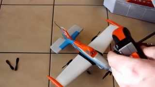 "Unboxing: RC flying plane ""Dusty"""