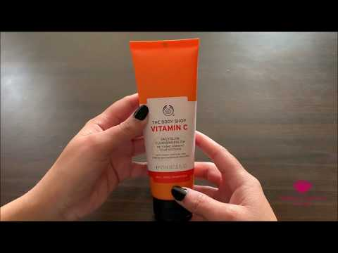 the-body-shop-vitamin-c-daily-glow-cleansing-polish-review-in-english---by-healthandbeautystation