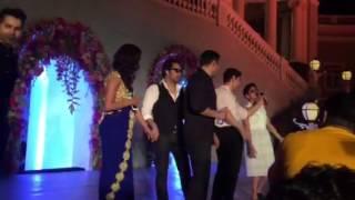 Mika Singh Aamir Khan and Salman Khan at Arpita's wedding