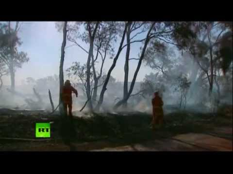 CATASTROPHIC !  Hundreds Of Wildfires Rage In Australia.  Record Heat Wave ..